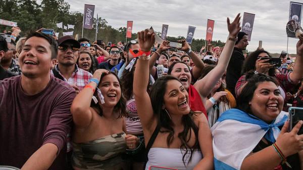 Podcast Extra: Los Dells Presents Latin Music In The U.S. Heartland