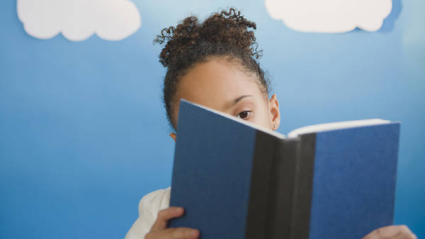 How Reading Aloud Can Help You Bond With Your Kids